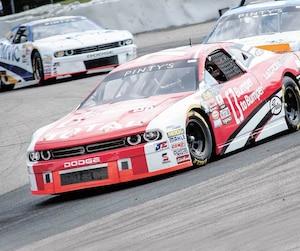 Le pilote de Saint-Eustache Kevin Lacroix vise un premier titre dans la série NASCAR Pinty's.