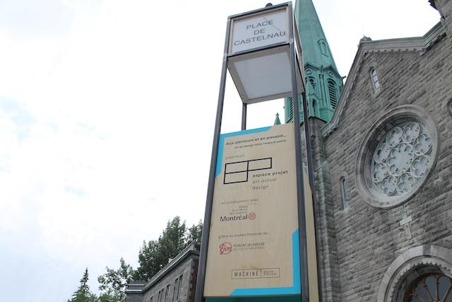 L'agence Machine Design Appliqué avait aussi réalisé le phare de Castelnau, dans Villeray, une colonne signalétique, inspirée de la colonne Moris.