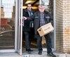 Des documents ont été saisis, hier matin, par des enquêteurs de la Sûreté du Québec dans un local qui abritait cinq agences de placement, situées dans un immeuble commercial du boulevard Décarie, à Montréal. Le bâtiment accueille d'autres commerces qui ne sont aucunement liés à cette enquête policière.