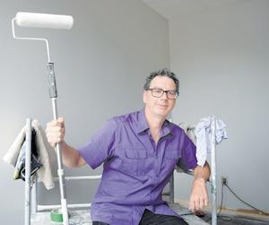 Fondateur de Peinture Montréal Design, Pierre Levasseur a quitté un emploi bien payé au tournant de la cinquantaine pour lancer sa propre entreprise.