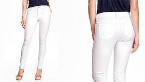 Image principale de l'article Old Navy: Un jean blanc antitaches pour la gaffeuse professionnelle!