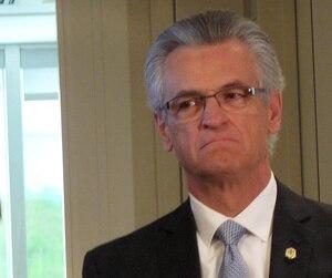 L'ex-maire de Montréal-Nord et ancien policier Gilles DeGuire regrette les gestes qui lui ont valu des accusations de nature sexuelle, a dit son avocat.