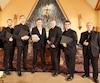 Mario Pelchat et les prêtres