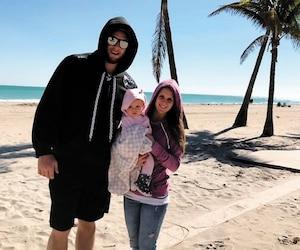 Maxim Cliche, Pier-Ann Tremblay et Juliette, âgée de 7 mois, ont été obligés de mettre leur chandail chaud durant leurs vacances en Floride.