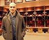 Le cheminement suivi par Dave Noël-Bernier pour atteindre la LNH n'a rien de commun avec celui des autres entraîneurs adjoints.