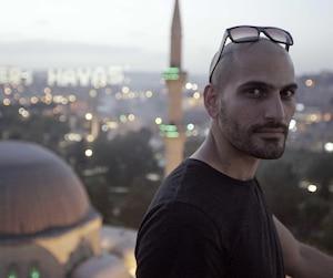 Le journaliste Raed Hammoud part à la recherche de son ami dans T'es où, Youssef?