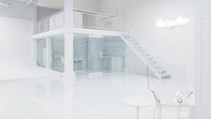 Un studio tout blanc où faire un «photoshoot»