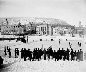 retour image - hockey mcGill