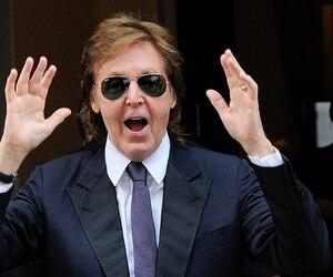 Paul McCartney répétera son nouveau spectacle au Centre Vidéotron. Sur la photo, il avait salué ses fans à l'Auberge Saint-Antoine en 2013.