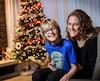 Félix et sa mère, Marie-Claude, sont très heureux de tourner la page sur la maladie qu'a combattue le jeune garçon.