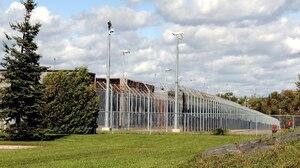 La prison de Saint-Jérôme est la plus surpeuplée des 18 centres de détention de la province, avec un taux d'occupation moyen de 114%.