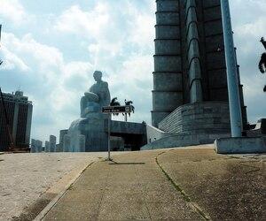 L'imposant monument en marbre de José Marti, l'apôtre de l'indépendance.