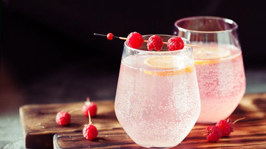 Mimosa framboises, miel et eau de rose