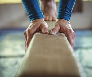 Bloc gymnastique gymnaste poutre