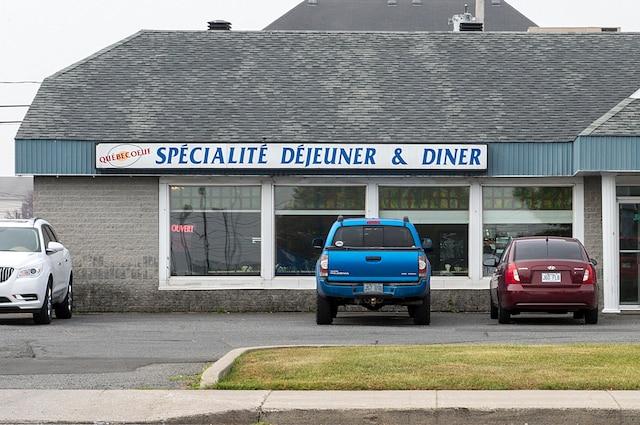 De la graisse jaunie le journal de montr al for Equipement de restaurant montreal