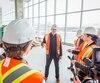 Lors d'une première visite médiatique de la nouvelle Maison de Radio-Canada hier, à Montréal, le grand patron Michel Bissonnette a promis que certaines parties caviardées de rapports de vérification sur le projet seraient éventuellement rendues publiques.