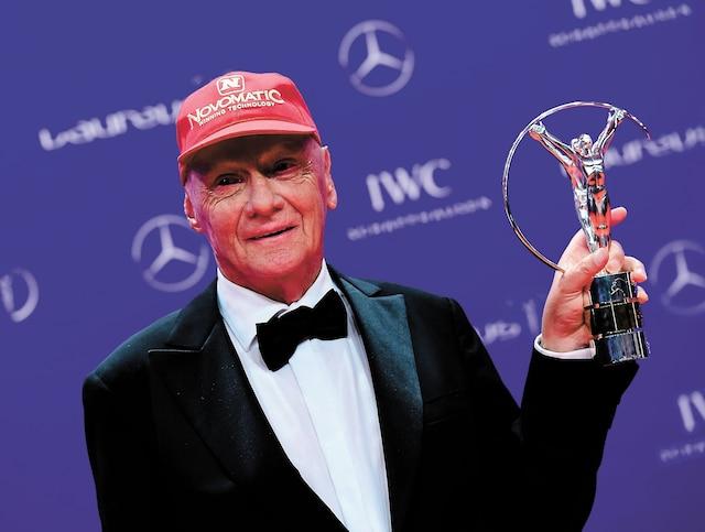 Le triple champion du monde de F1 avait reçu un trophée Laureus visant à célébrer l'ensemble de sa carrière, en 2016.