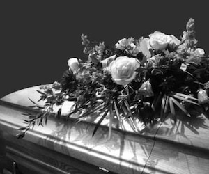 Bloc funérailles funéraire cercueil casket