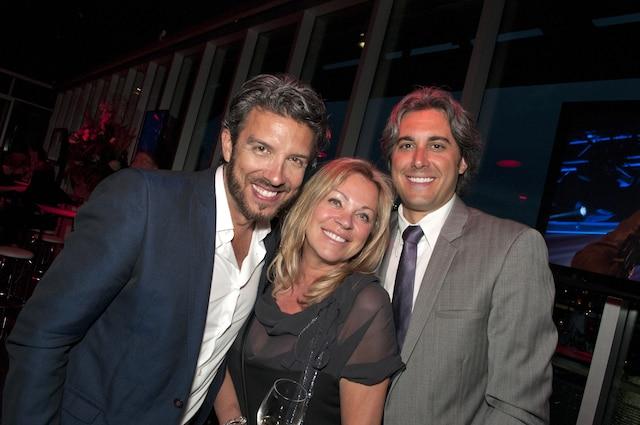 Chantal Lévesque de Shan est entourée de Jean Airoldi et de Jean-François Sigouin