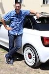 Antoine Joubert est un amateur de voitures depuis son jeune âge. Membre de l'Association des journalistes automobiles du Canada depuis 2006, il dit qu'il n'est « pas un gars qui roule à des vitesses excessives ».