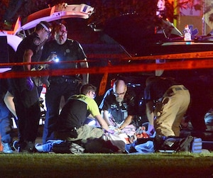 La victime venait d'aller chercher son fils dans un parc de Saint-Léonard quand un tireur l'a atteinte de plusieurs balles.