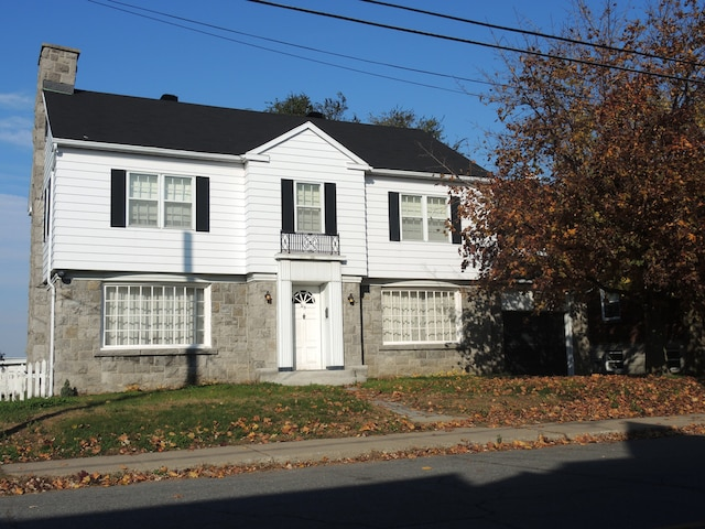 La maison au cachet patrimonial de la défunte, située au  215 rue George, à Sorel-Tracy, est en cause dans le litige familial.