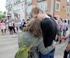 Une manifestation contre la haine a eu lieu, mercredi, à Québec, devant le consulat des États-Unis pour dénoncer des gestes anti-immigration qui ont été commis dans la capitale cette semaine.