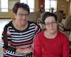 Diane Dumais et sa fille Stéphanie Dubé pourront maintenant se voir plus souvent puisque Stéphanie pourra déménager dans la même résidence que son père.