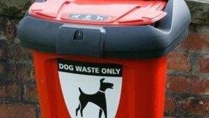 Quelqu'un a volé une poubelle à caca de chien