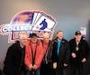 Les quatre anciens joueurs du Canadien à avoir pris part à ce reportage, Marcel Bonin, André Pronovost, Phil Goyette et Jean-Guy Talbot étaient heureux de revoir leur ancien coéquipier Robert Rousseau (à gauche) lors d'un événement de collectionneurs à LaPrairie.
