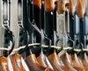 Le registre des armes d'épaule survit