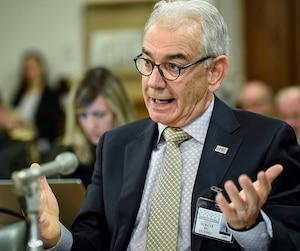 Robert Lafrenière, commissaire de l'UPAC, lors de son passage devant une Commission parlementaire en avril 2018.