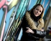 La chanteuse québécoise Annie Villeneuve se plaît à penser qu'elle est «en train de jouer un tour à notre façon moderne de consommer» de la musique.