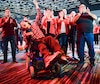 Alexandre Vallerand, un jeune comédien atteint de paralysie cérébrale, a éclaté de joie hier soir au Palais des congrès de Montréal en apprenant que le PLC allait former un gouvernement minoritaire.