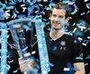 Andy Murray a dominé Novak Djokovic dimanche pour mettre la main sur son premier Masters de fin d'année.