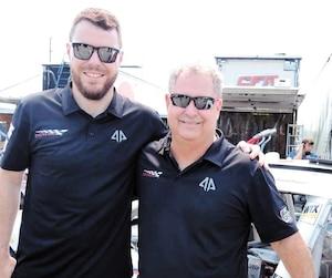 Alex Labbé et Mario Gosselin sont de nouveau réunis en série NASCAR XFinity en fin de semaine à Loudon, au New Hampshire.