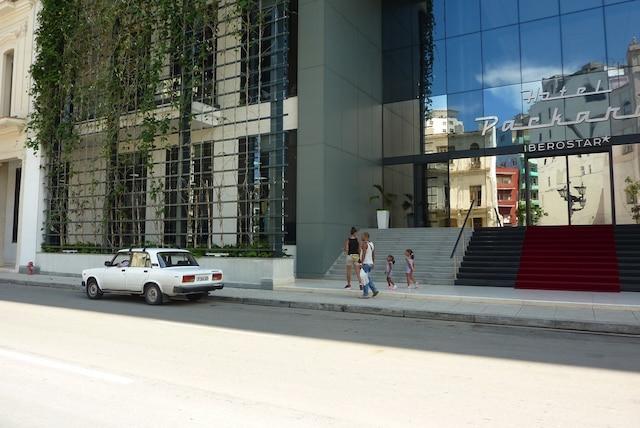 La façade végétalisée de l'hôtel Packard.