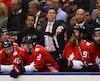 «Voyez-vous, c'est justement la raison pour laquelle nous jouons. Les experts peuvent prédire ce qu'ils veulent, c'est sur la patinoire que ça se décide», a souligné l'entraîneur d'Équipe Canada.
