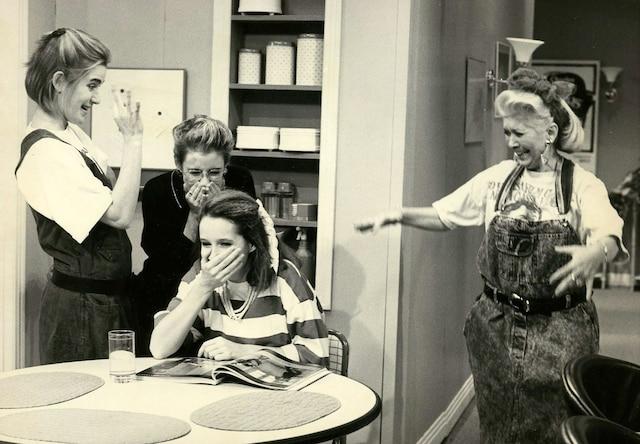 1988 - Les comédiennes Anne Bédard, Marie-Soleil  Tougas, Valérie Gagné et Mariette Duval.