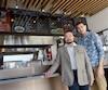 Arrivée à Saint-Romuald en 1980, la famille Khun-Leang est aujourd'hui propriétaire de quatre restaurants asiatiques, qui emploient plus d'une centaine de personnes. Comme plusieurs autres, ils sont touchés de plein fouet par la pénurie de main-d'œuvre et demandent des mesures d'assouplissement en ce qui concerne les visas de travail de travailleurs étrangers.