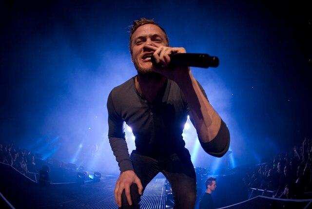 Prestation du groupe Imagine Dragons au Centre Bell le lundi 3 mars 2014.