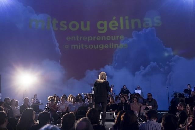 Mitsou Gélinas présente son parcours en tant qu'entrepreneure.