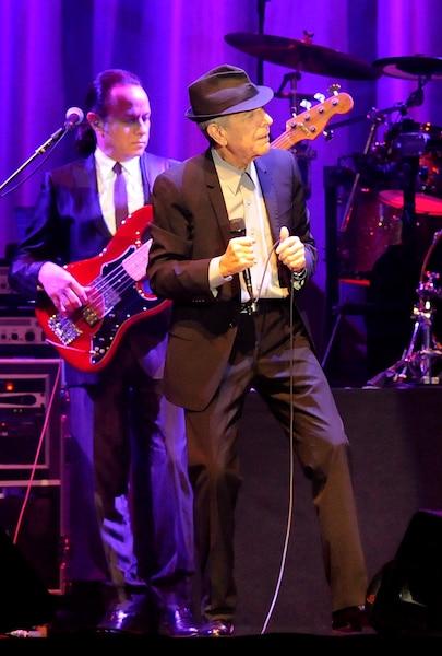 Le chanteur montréalais Leonard Cohen est décédé à l'âge de 82 ans.