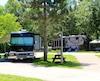 Les campeurs qui utilisent une caravane, une caravane à sellette ou une autocaravane sont moins dérangés par les sautes d'humeur de dame Nature.