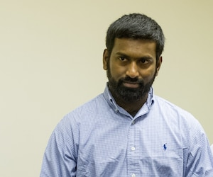 Sivaloganathan Thanabalasingham (gauche) aurait sauvagement tué sa femme, en 2012, mais les délais lui ont permis de s'en sortir sans être jugé. Il a depuis été expulsé vers son Sri Lanka natal.