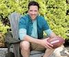 Chemise Rip Curl 64,99$, chandail 46,99$, short Vans 54,99$, sandales ECCO 164,99$ et Ballon de football 14,99$ chez Sports Experts