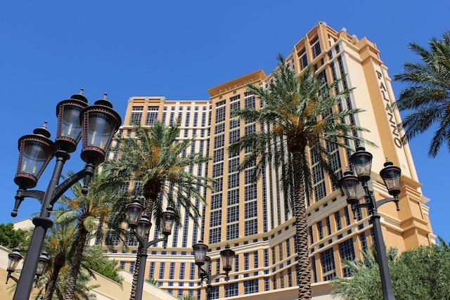 Le luxueux hôtel Palazzo.