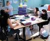 Au Cégep de La Pocatière, l'enseignante en soins infirmiers Mélanie Bouchard supervise une nouvelle cohorte de seulement quatre étudiantes, cet automne.