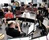 Les jeunes de l'école Sainte-Marie, à Princeville, ont l'opportunité de développer leurs passions avec le nouveau modèle d'horaire qui place un cours d'option chaque jour. Des étudiants passionnés de musique peuvent donc jouer de leur instrument chaque fois qu'ils mettent les pieds à l'école.