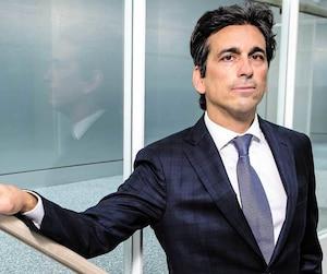 Alfred Buggé, premier vice-président aux fusions et acquisitions du Groupe Mach, dans les bureaux de l'entreprise, à Montréal.